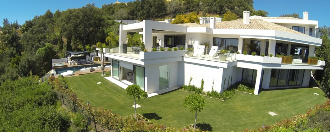 Modern villa for sale in La Zagaleta with great views